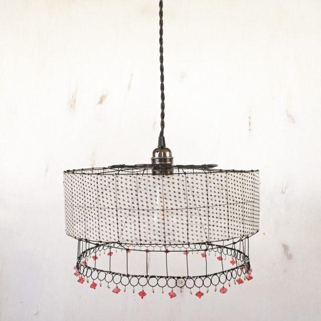 lampara, blanca de lunares, alambre, teresa abaitua
